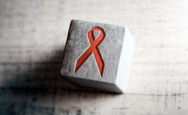 Autotests VIH : une pharmacie sur trois propose un collecteur Dasri