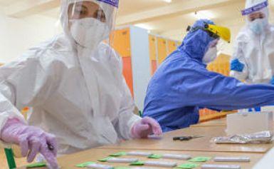 Dépistage Covid-19 : la place des tests antigéniques remise en question